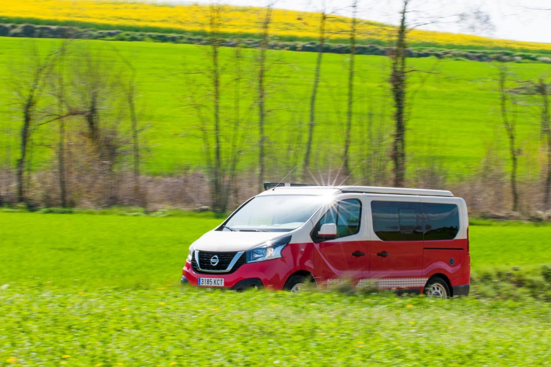 Nissan camper motor show madryt hellocamping news bok czerwony
